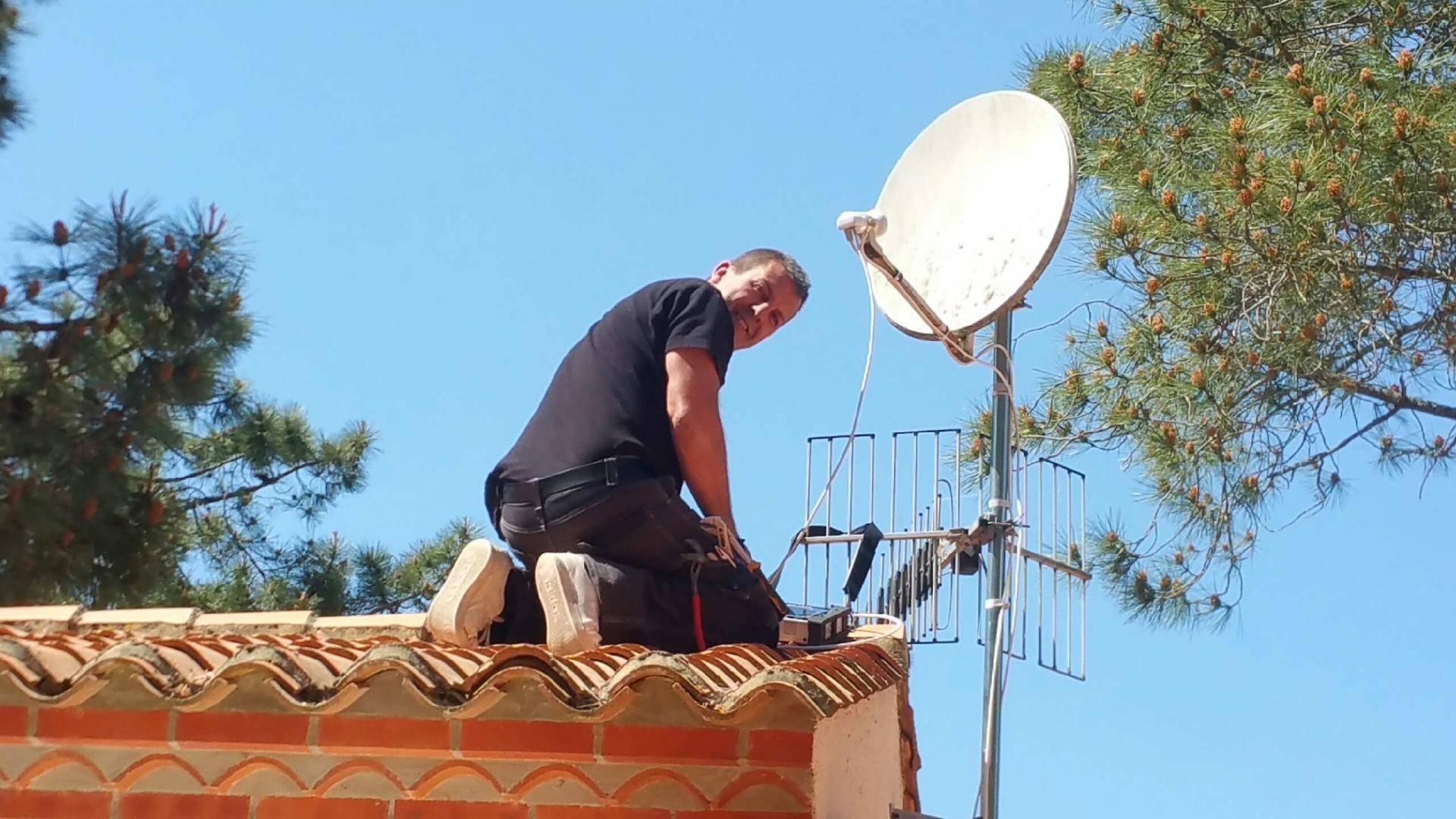 Electricien la tranche sur mer kbelec antenne parabole